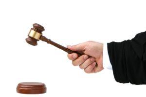 מה אומר החוק על הדחת קטין לסמים?