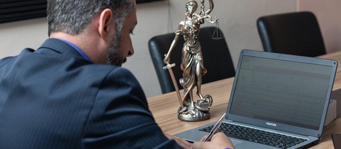למה עורכי דין צריכים יח